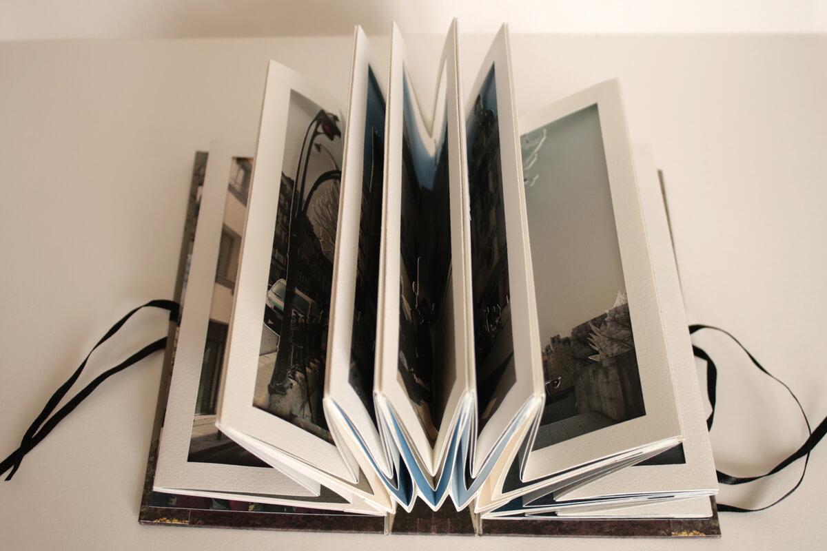 Livre Un tour de manège - Pages intérieures